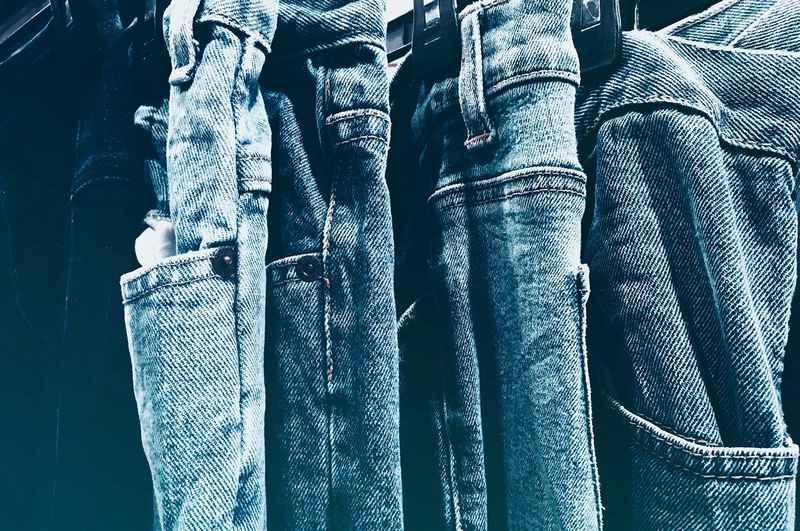 Jeans uomo donna marche alla moda Bintmusic.it
