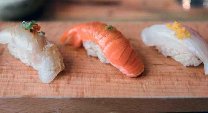 sushi di cucina giapponese