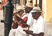 Musicisti di musica latino americana