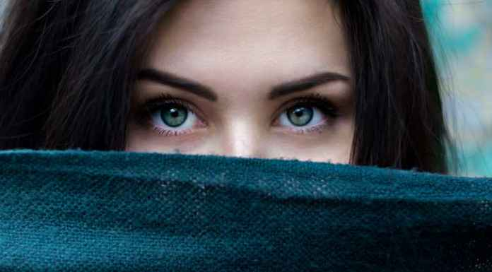 Bellezza occhi di ragazza
